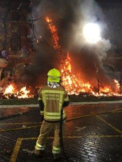 falla on fire