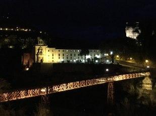Cuenca parador with bridge in front
