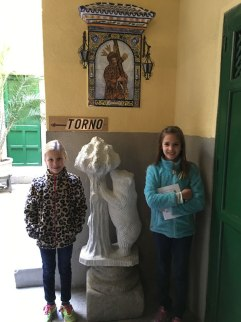 "in the Monasterio del Corpus Christi, following sign for ""torno"""