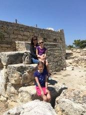 no maze in Crete
