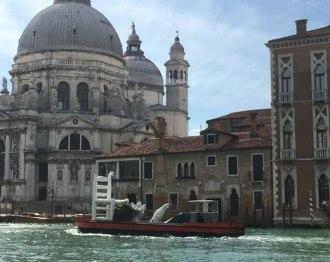 Klibansky sculpture taken apart and being shipped away, Venice