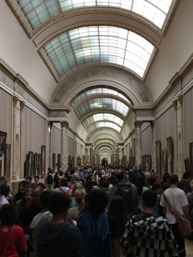 crowds at the Louvre