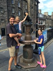 rubbing nose of Greyfriars Bobby