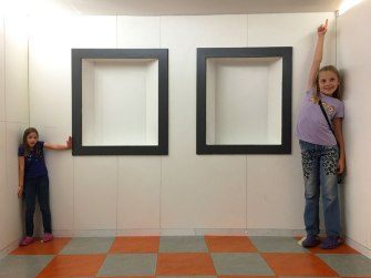 same room, same time, Camera Obscura Museum
