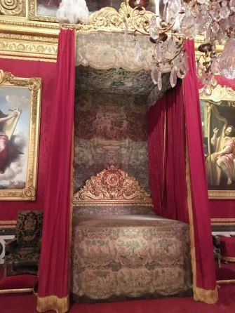 too stuffy (Versailles)